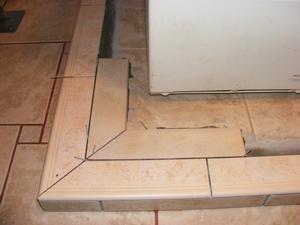 Setting Inner perimeter Bullnose Corner Tiles